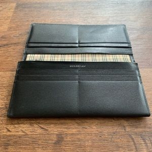 Burberry Black Elegant Long Leather Wallet